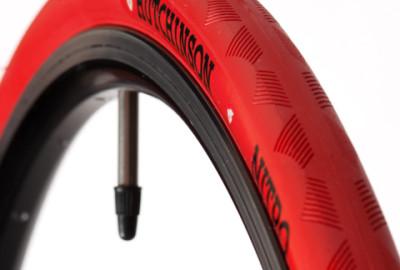 Pneus Hutchinson Nitro 700x25 Rouge